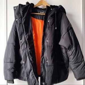 DKNY black Edit Puffer Hooded Jacket size medium
